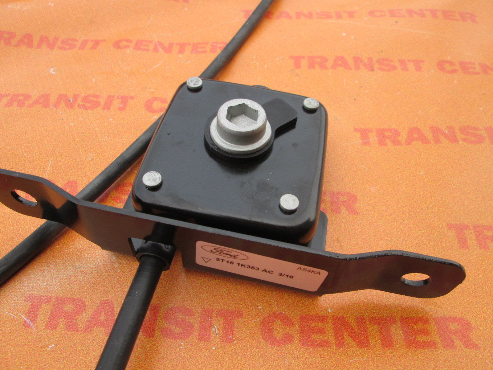 Ford Transit Connect >> Reserverad halter Ford Transit Connect